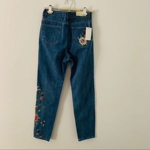 Topshop Jeans - Topshop Embroidered Joni Jean Floral Embriodered